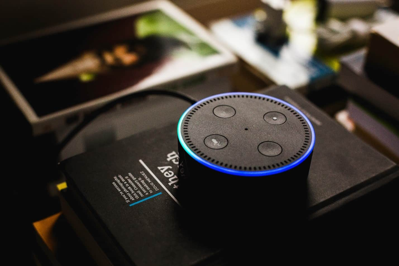 Amazon Alexa Echo Dot 智能音箱
