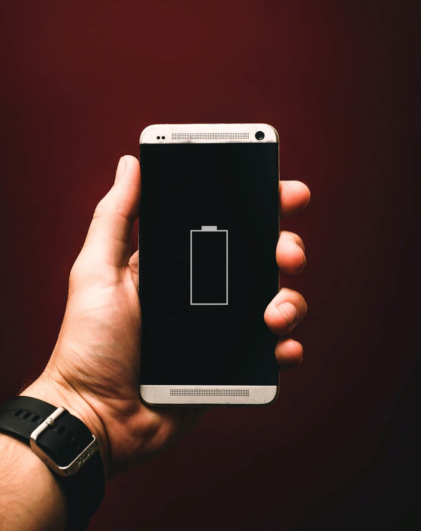 content/zh-cn/images/repository/isc/2020/9910/prolong-your-smartphone-battery-lifespan-1.jpg