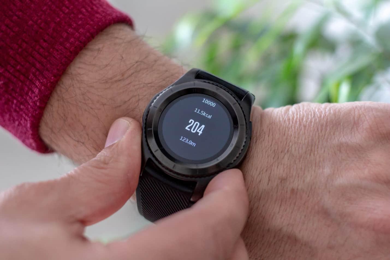 如何安全地使用智能手表