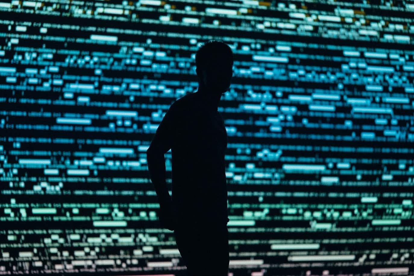 </em><em>暗网的危险和威胁
