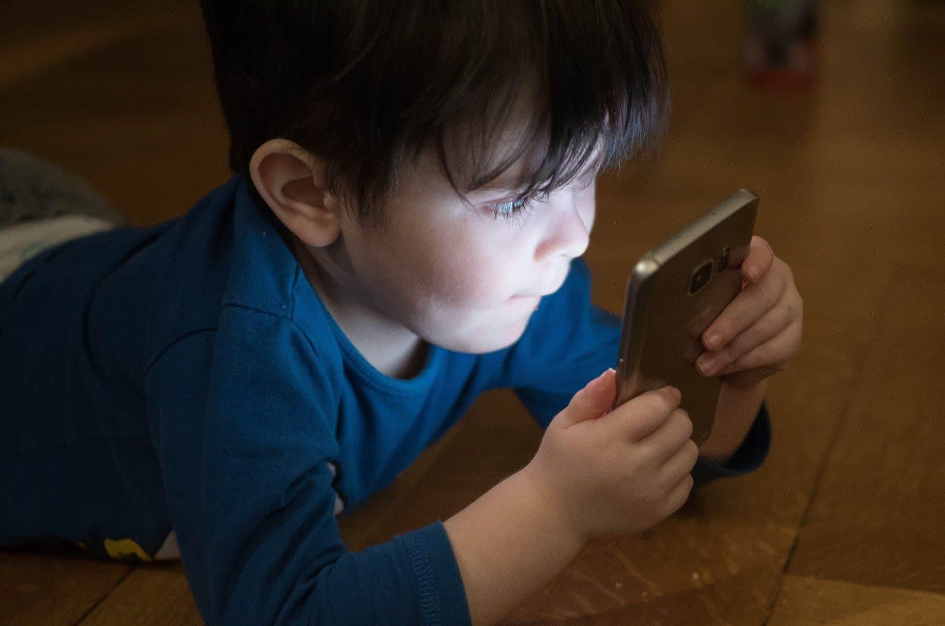如何在网上保护婴儿照片